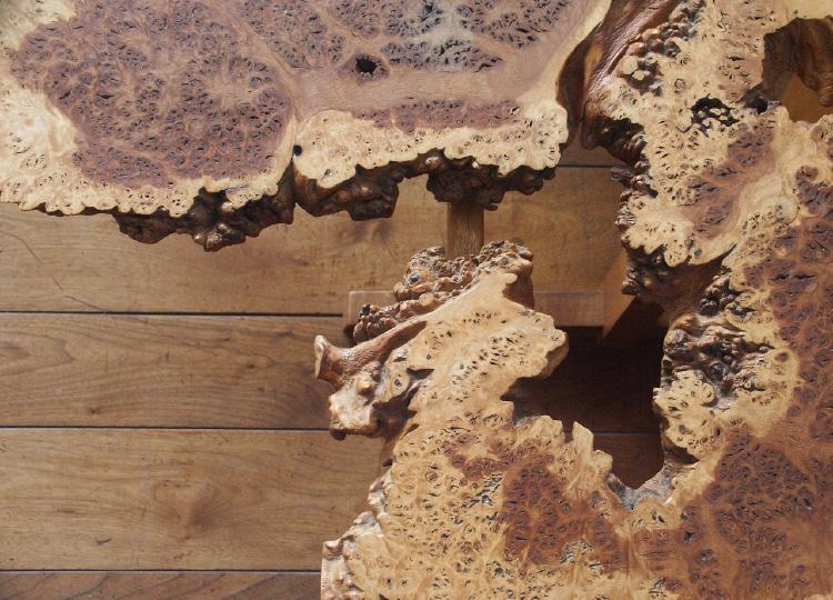 amorphic texture of lumber
