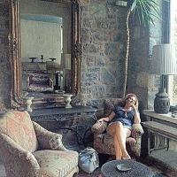 Çarpıcı stillerin geleneksel Türk mimarisi ile buluştuğu mekan / Ada Hotel