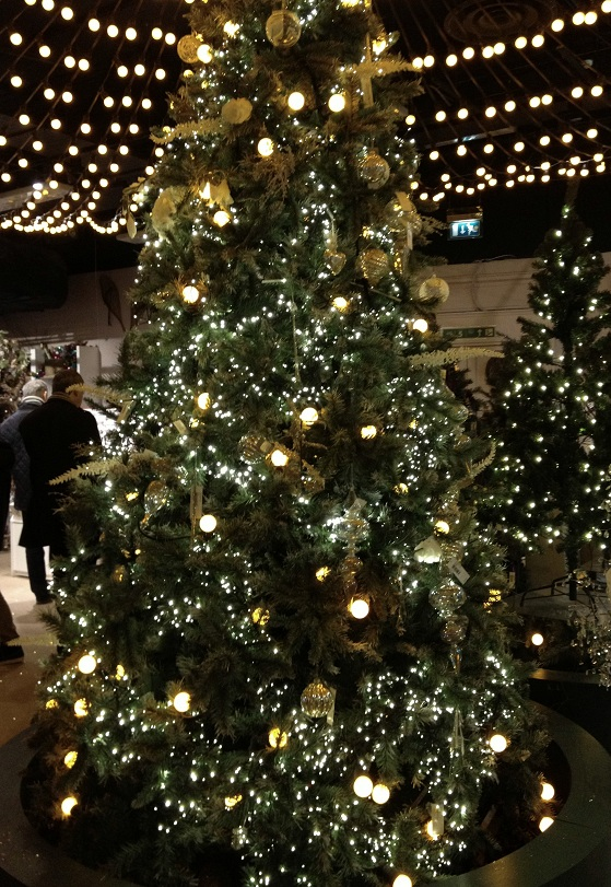 Christmas tree at Selfridge in London