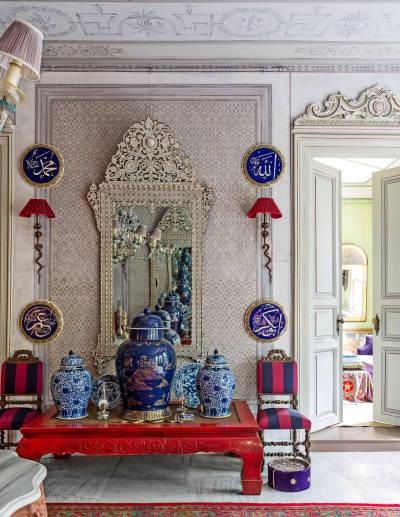 Ottoman-Art-Expert-Serdar-Gulgun' s-Istanbul-home-designmixer